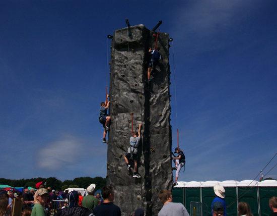 0301-climbingwall