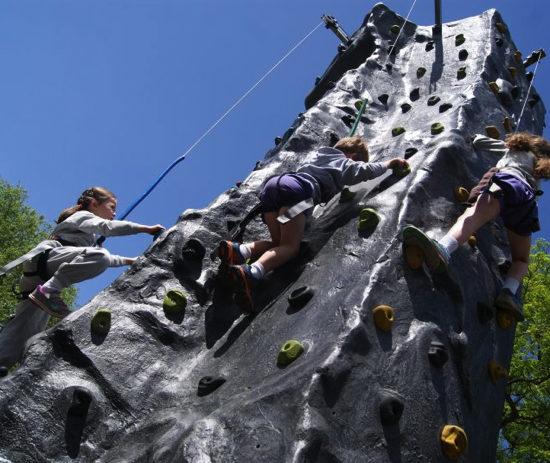 0302-climbingwall